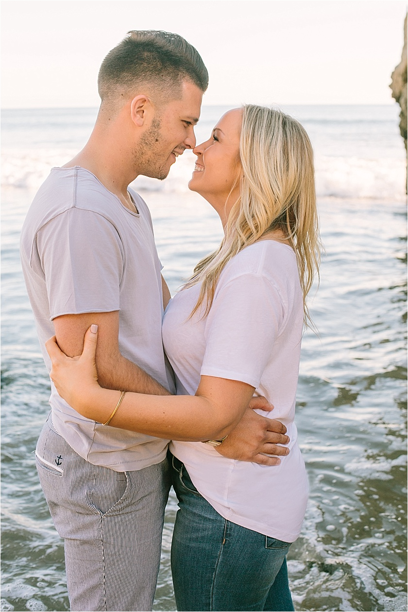 EL MATADOR BEACH ENGAGEMENT SESSION_8909.jpg