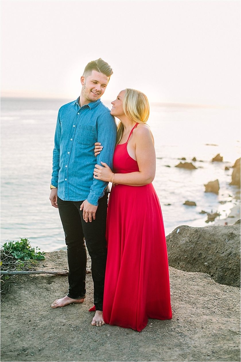 EL MATADOR BEACH ENGAGEMENT SESSION_8920.jpg