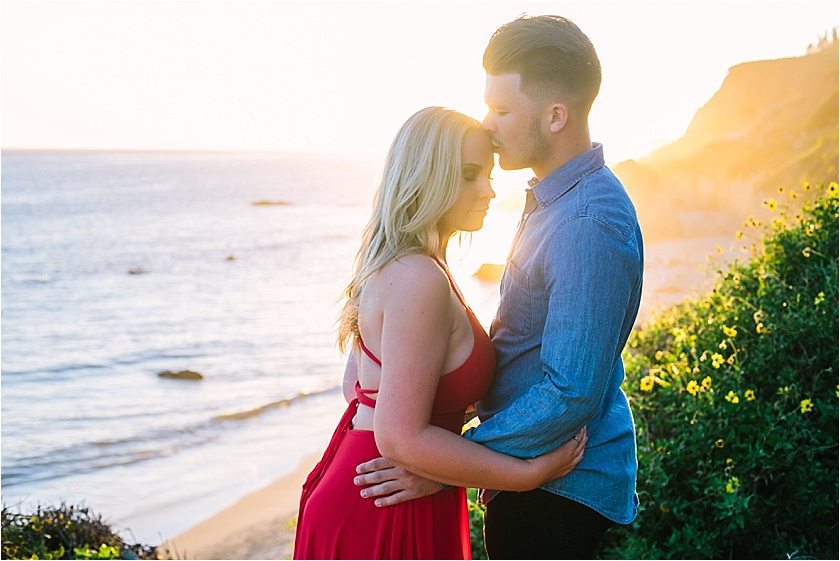 EL MATADOR BEACH ENGAGEMENT SESSION_8922.jpg