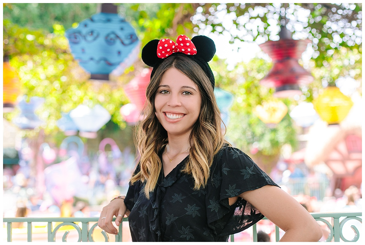 Disneyland Senior Portraits_0131.jpg